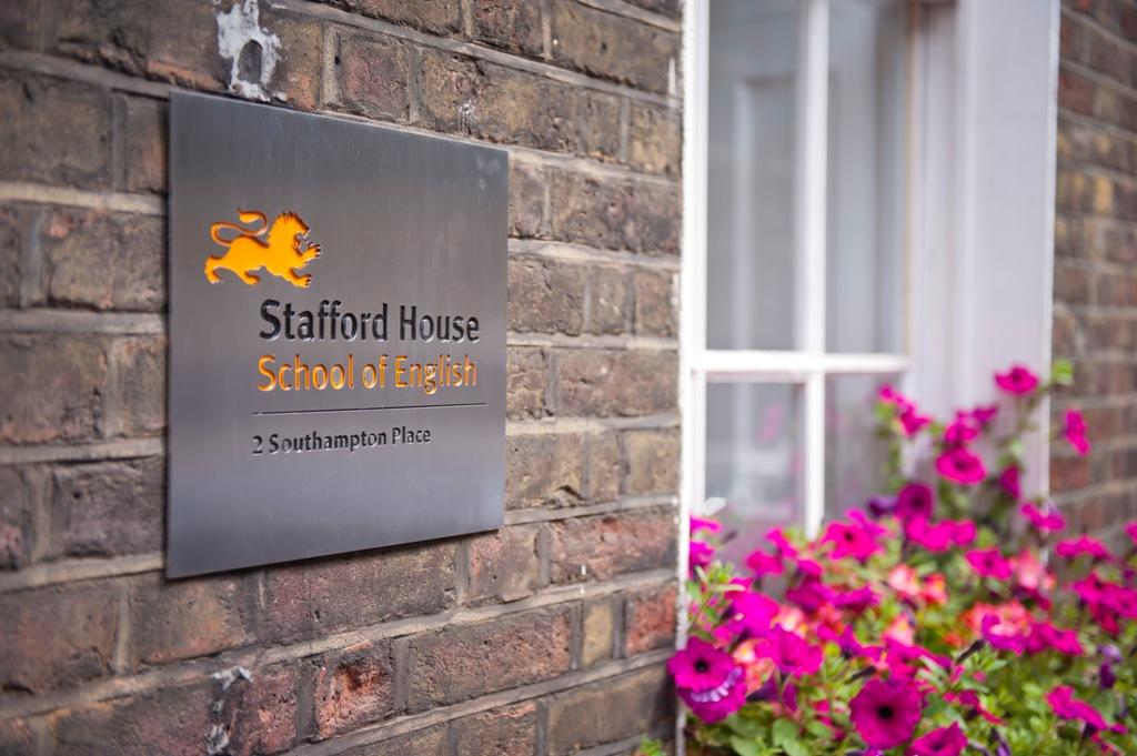 Stafford House School of English London campus