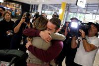 NZから豪への「隔離なし」渡航開始、数百人がシドニー到着
