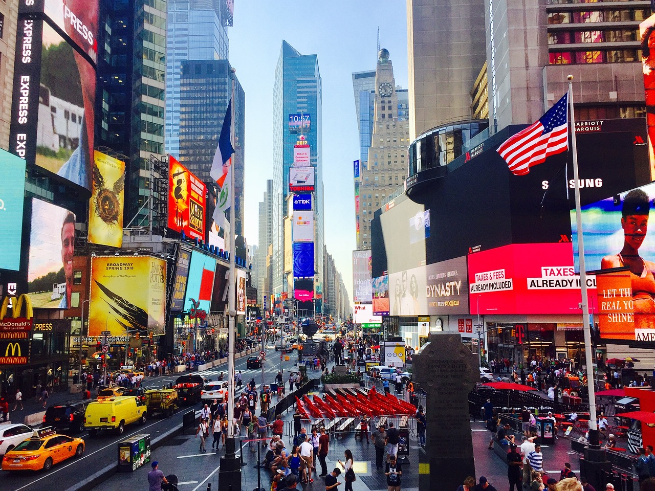 times-square-2792082_1280
