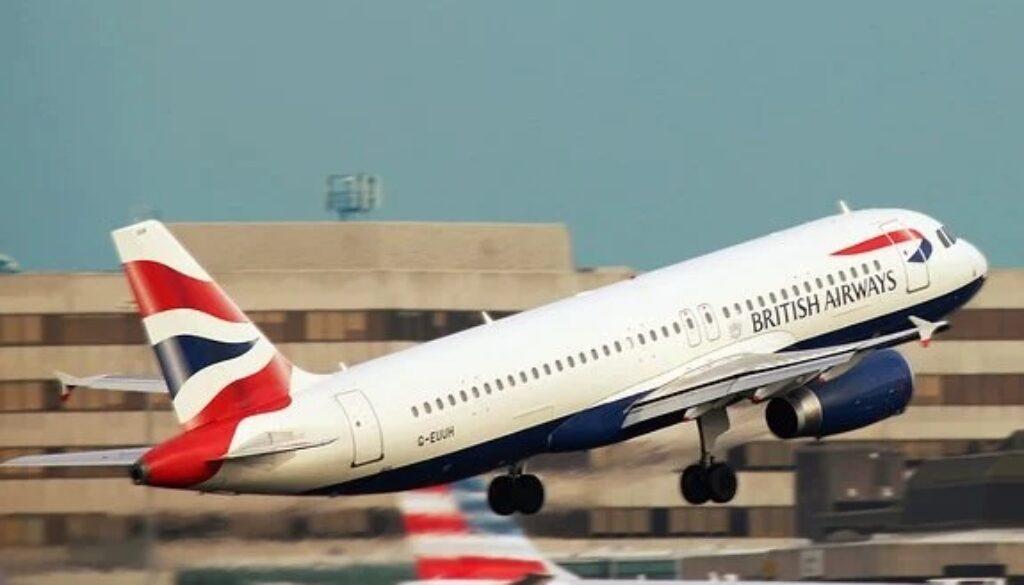 ブリティッシュエアウェイズの飛行機の離陸風景