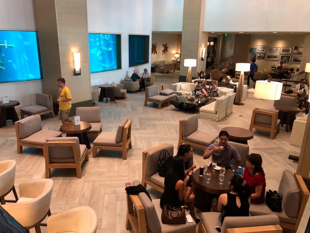 Virus_Outbreak-Hawaii_Hotels_06086 (1)